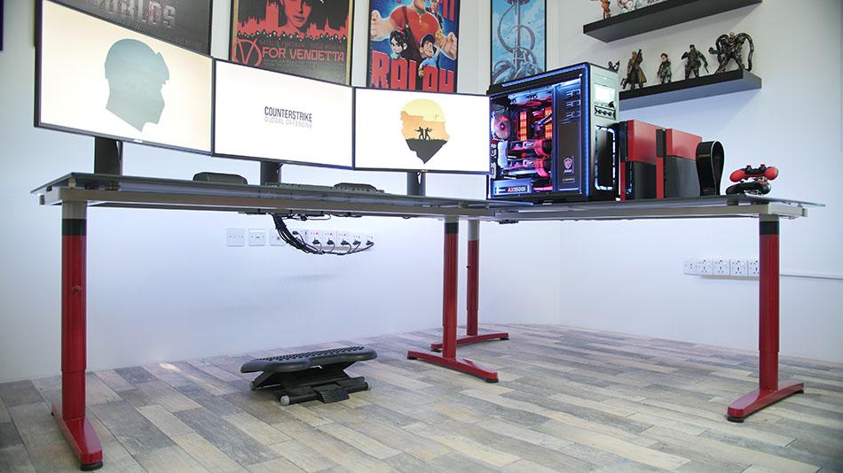 Gestion des cables d'un bureau gaming