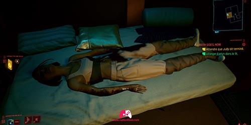 Eve dans le lit
