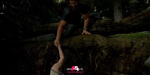 Prendre la main de Joel